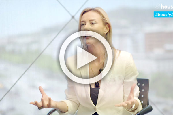 """#HousfyAsk 🎤 Anna Gener: """"El sector inmobiliario es imbatible"""""""