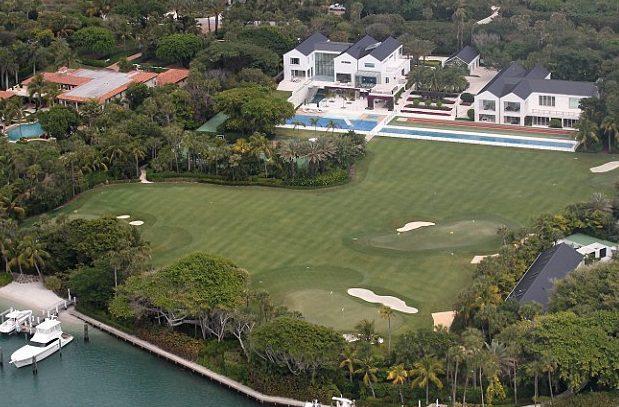 mansión con golf
