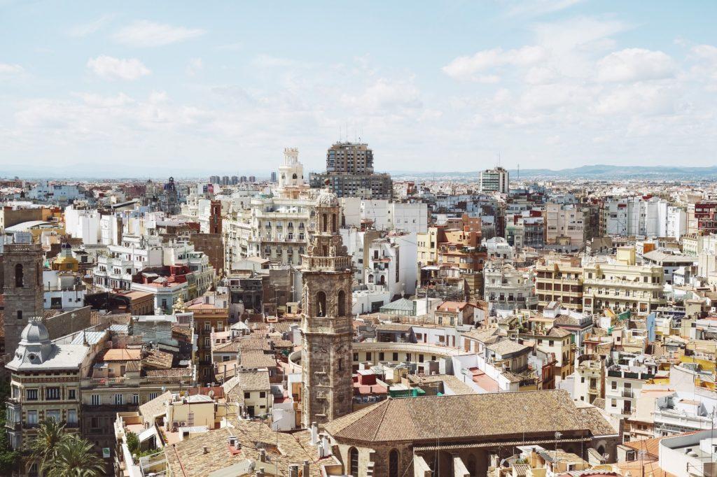 Urge vender piso Valencia